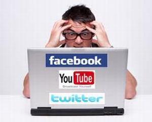 Si social media are ZOMBII ei