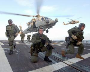 Militar american, arestat de FBI pentru ca a lucrat pentru al Qaida