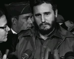 Fidel i-a laudat pe protestatarii din Egipt