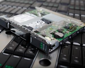 HP lanseaza o noua clasa de servere pentru administrarea informatiilor sociale sau din cloud, celor mobile si volumelor mari de date
