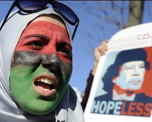 LIBIA: Filmul celei mai sangeroase revolutii. Cel putin 500 de morti