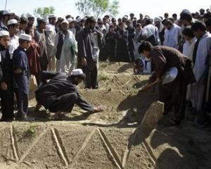 NATO a ucis din greseala cativa civili in Afganistan