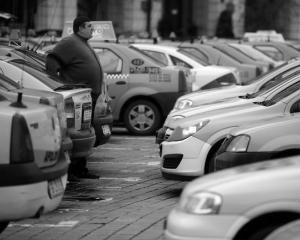 Razia printre taximetristi a produs amenzi de 30.000 de lei