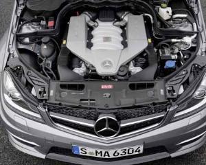 Motoarele BMW, etalon pentru rivalii de la Mercedes