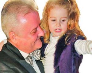 Irinel Columbeanu a primit custodia fetitei sale