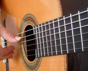 Dragobetele, salutat de patru formatii de muzica folk