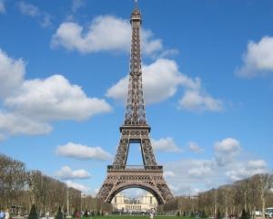 Terapie de soc pentru economia suferinda a Frantei