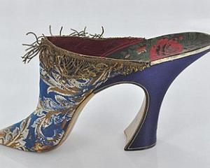 Pantofii sunt opere de arta inca din anii '80