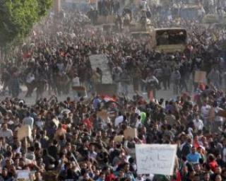 EGIPT: Mii de egipteni protesteaza in continuare in Piata Tahrir