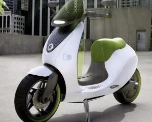 Daimler va construi un scuter electric incepand cu 2014