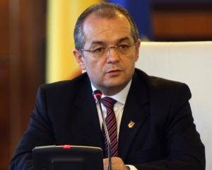 Boc: Raman prim-ministru, o demisie nu se discuta, se face sau nu