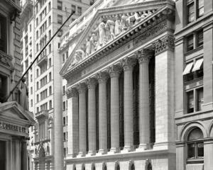 OPERATIUNILE SECRETE ALE FED: Aristocratia de pe Wall Street a primit credite in valoare de 1.200 miliarde de dolari in 2008