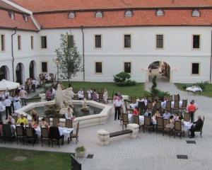Cetatea Alba Iulia a fost transformata in hotel de lux