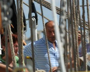 Traian Basescu sarbatoreste sambata 36 de ani de la absolvirea Academiei Navale