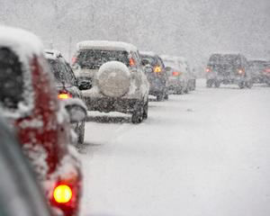 Ce face lumea cand ninge abundent?