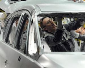 General Motors va inchide uzina Opel din Bochum, dupa 2016