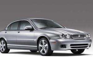 De unde poti cumpara un Jaguar X Type cu 14.500 de euro