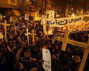 EGIPT: Zece oameni morti si 110 raniti in confruntarile dintre musulmani si crestinii copti