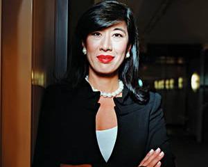 Andrea Jung va fi schimbata de la conducerea Avon
