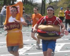 Hamburger Hill: Produsul din reclame versus produsul de pe masa