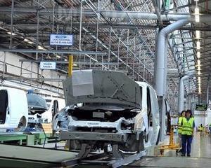 Ford produce motoare pe banda rulanta