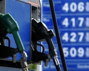 Benzinarii ar putea plati scump majorarea preturilor carburantilor
