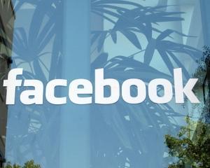 Sefii recunosc: In luarea unor decizii, tinem cont de Facebook si Twitter