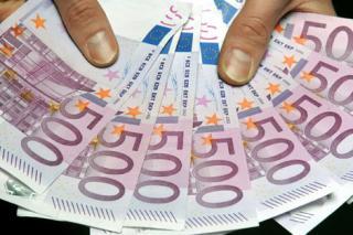 Cine mai poate primi un credit de 50.000 de euro?