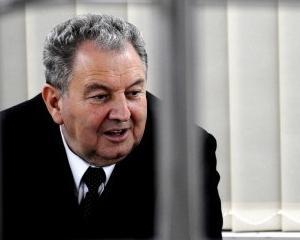Ilie Carabulea si-a dat demisia de la conducerea Bancii Carpatica