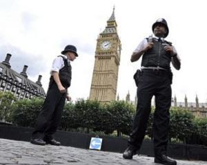 Nationalistii englezi se folosesc de romani pentru a sustine retragerea Marii Britanii din UE