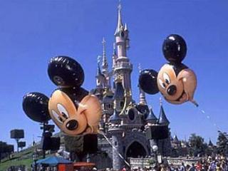 Disneyland Paris are nevoie de 3.000 de angajati noi si recruteaza inclusiv in Romania