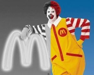 TOP 10: Lucruri scarboase gasite de clienti in meniurile de la McDonald's
