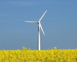 27 de parcuri eoliene, construite in Moldova pana in 2015