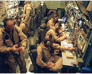 Un olandez a reusit sa intercepteze transmisiile radio din Libia ale coalitiei