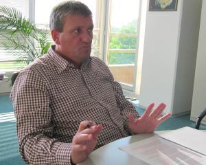 Ce a invatat un manager important din Romania in legatura cu votul si de ce sustine politica pasilor mici in economie