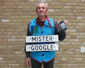 Imi pare bine de cunostinta, dl. Google. Ma ajuti cu informatii despre compania asta?