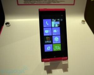 Fujitsu Toshiba a lansat primul telefon WP7