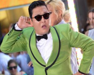 Psy: Gangnam style sau modul in care am bani multi de luat