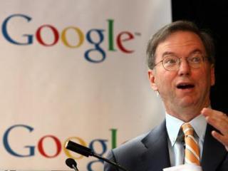 Fostul director general Eric Schmidt vinde actiuni Google in valoare de 335 milioane de dolari