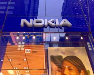 E oficial: Noile telefoane Nokia vor rula Windows Phone 7 de la Microsoft