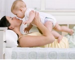 Indemnizatia pentru cresterea copilului revine la 85% din toamna