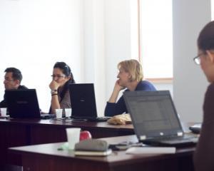 Criza financiara face ravagii: 400.000 locuri de munca si 100.000 de companii au disparut din Romania