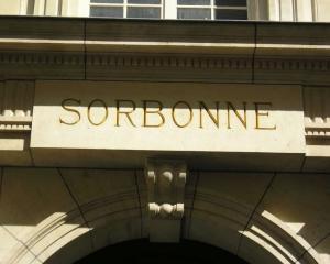 Visul francez: Cum sa ajungi din tabara de romi student la Sorbona