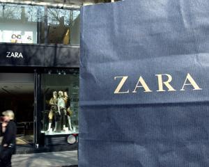 Zara isi deschide magazin in centrul Sibiului