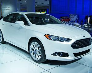 Imagini oficiale cu noul Ford Mondeo