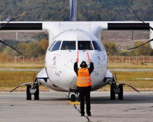 TAROM: Zborurile nu se vor anula