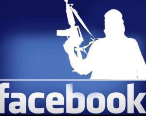 Secretbook - ascunde mesaje in pozele tale de pe Facebook