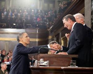 Dezastrul a fost evitat pentru moment. Obama a anuntat ca s-a ajuns la o intelegere privind ridicarea plafonului datoriei SUA