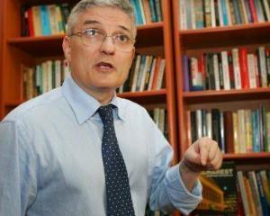 Daniel Daianu: Criza economica e profunda si va dura. Risipa si hotia sunt in tot bugetul, nu doar in deficit