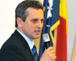 Lazea, BNR: Romania traieste in mare masura pe datori. Bancile trebuie sa crediteze productia si firmele
